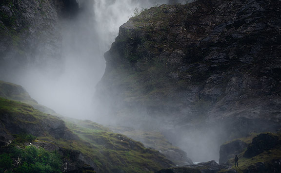 Stor foss ved Stryn i Norge